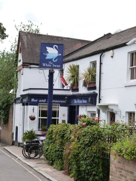 The White Swan Pub in Richmond, London  London is number three of my five favourite places that I will definitely revisit, read my post to find out the rest http://bit.ly/1srMsyn via The World on my Necklace