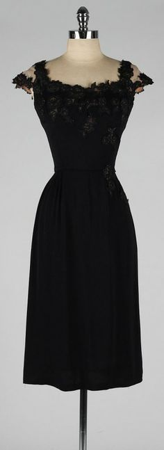 The grace kelly cocktail dress