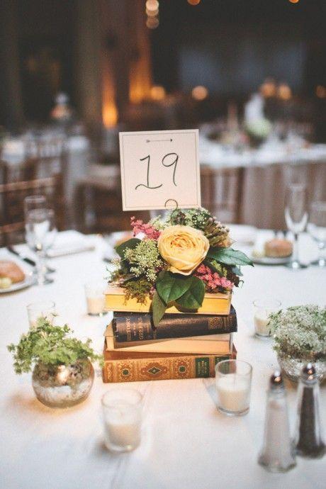 Numéro de table sur livres, mariage littérature