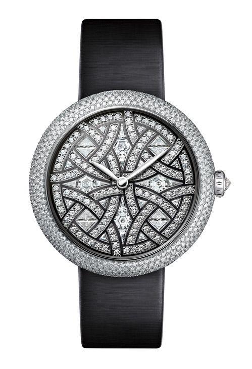 La montre Mademoiselle Privé décor Aubazine de Chanel