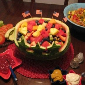 Festive Fruit Edible Patriotic of July Table Centerpiece Idea Easy! & The 20 best 20 Unusual Memorial Day Table Decoration Ideas images on ...