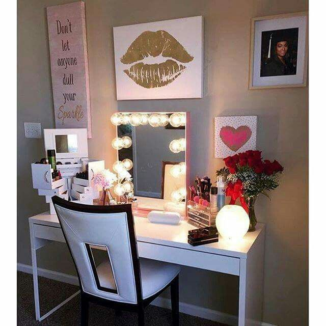gold makeup vanity table. Elegant Makeup Room Checklist  Idea Guide for the best ideas in Beauty decor your makeup vanity and collection 1058 Rooms images on Pinterest Dressing tables