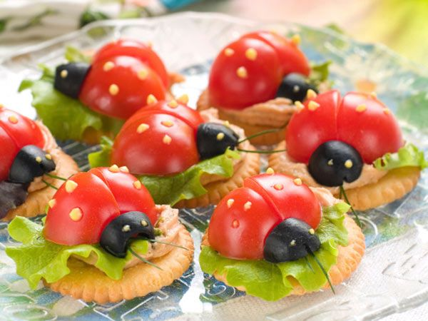 Fantastic!!!!! Cut tomatoes in half, place them on lettuce and a biscuit. Use mustard for the eyes and spots.