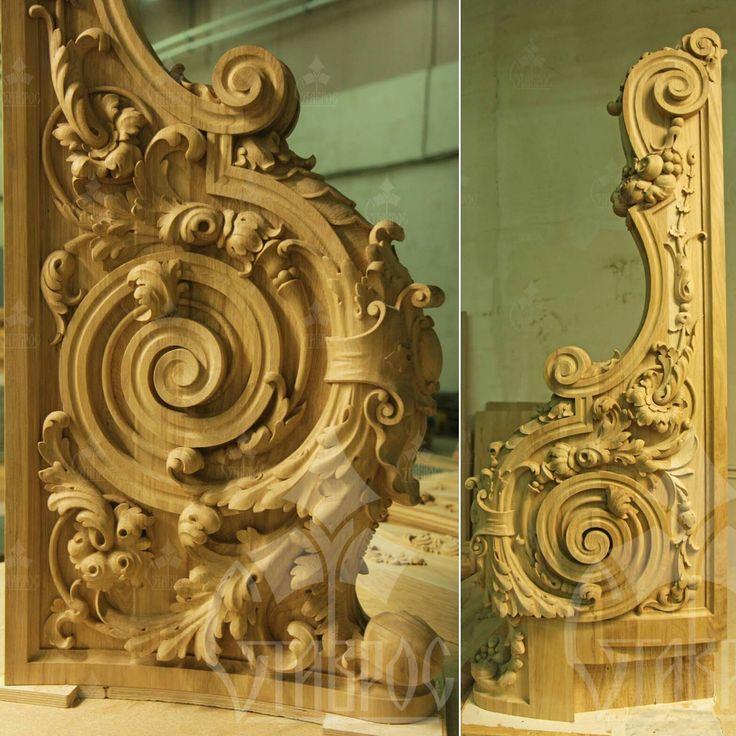 Резной парадный столб для лестницы в стиле Барокко. #дизайн #декор #лестница #резьба Массив дуба. Carved wooden pillar in Baroque style. Solid oak. #design #decor #stair