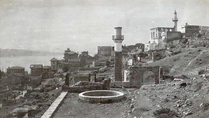 1915 Büyük Cihangir yangını sonrası vadiden görüntüler http://ift.tt/2eLCxBI