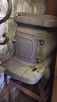 "Antique Log Wood Stove "" The Wherle Co "" Made In Newark Ohio USA"