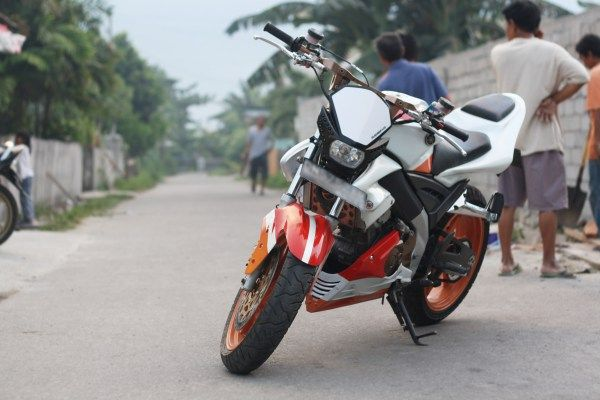 modifikasi motor vixion 2012 - streetfighter