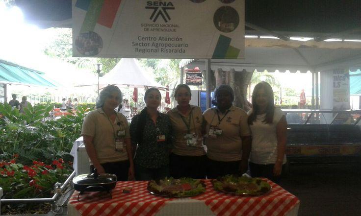 El centro Agropecuario presente en  el festival de la carne con sus Tecnologos en procesamiento de alimentos,Control de calidad ytecnicos en comercializacion de alimentos