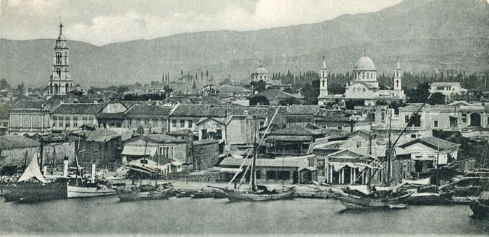 A view of Smyrna with Saint  Fotini to the left, circa 1900.