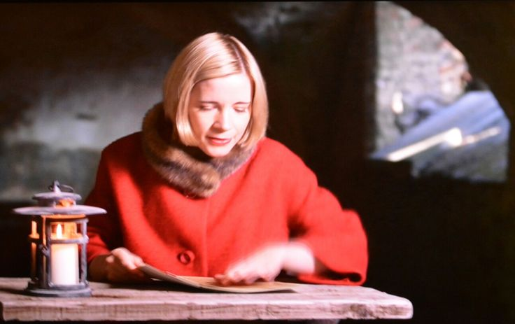 The Delightfully Engaging Dr Lucy Worsley.
