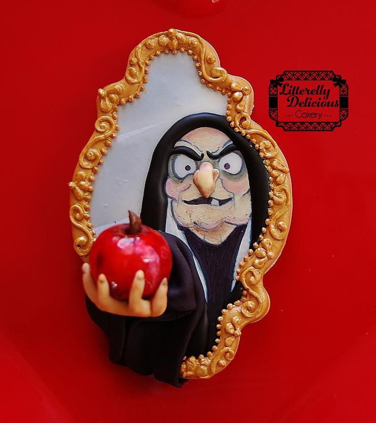 Snow White Witch Cookie
