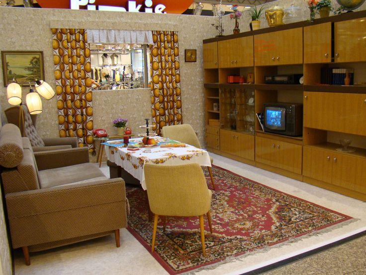 24 best images about east german living spaces ddr wohnung on pinterest typewriters teak. Black Bedroom Furniture Sets. Home Design Ideas