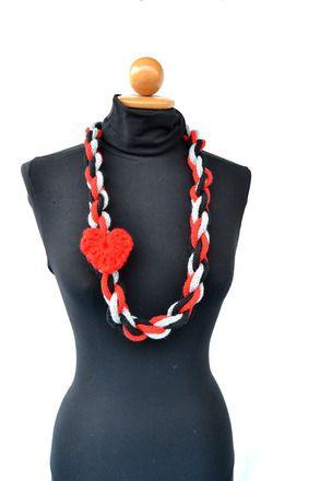 San Valentino - collana  intrecciata con spilla a cuore rosso : Collane di verev