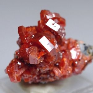 Vanadinite gemstone meaning This fire element stone keeps one focused on the task at hand. Offering a boost of power when tasks become difficult, Vanadinite helps the holder persist and endure through fatigue.  Vanadinite facilitates production, creativity, stamina and grounding.