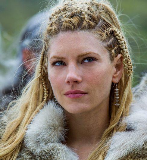 125 best vikings images on pinterest alex hogh andersen vikings lagertha braids details viking womanfur coathair stylesviking ccuart Images