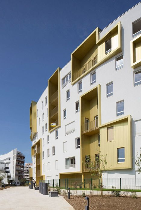 siding stucco Franco-Prussian war site hosts block of flats by Guérin & Pedroza Architects