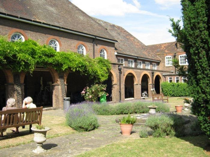 Gravesend school for girls