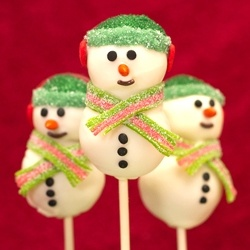 Snowman Christmas Cake Pops by sugarkissed_net