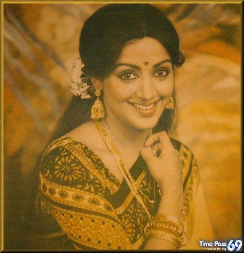 Hema Malini Dream Girl Of Indian Cinema She Start Her Filmy Career With Raj Kapoor -6844