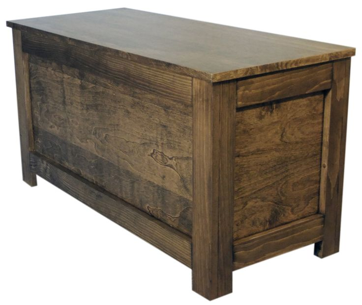 Rustic Chest: Ideal For Storing Blankets, Pillows And Sheets, This Chest  Also Makes