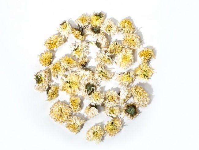 Getrocknete Chrysanthemenblüten halten ewig. #tollwasblumenmachen