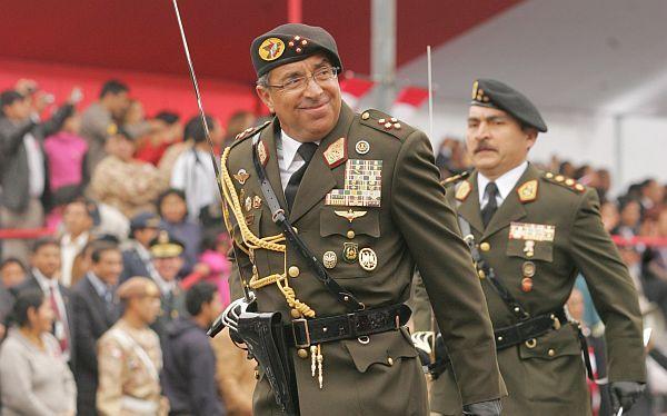 Edwin Donayre y sus mejores frases en el Desfile Cívico Militar