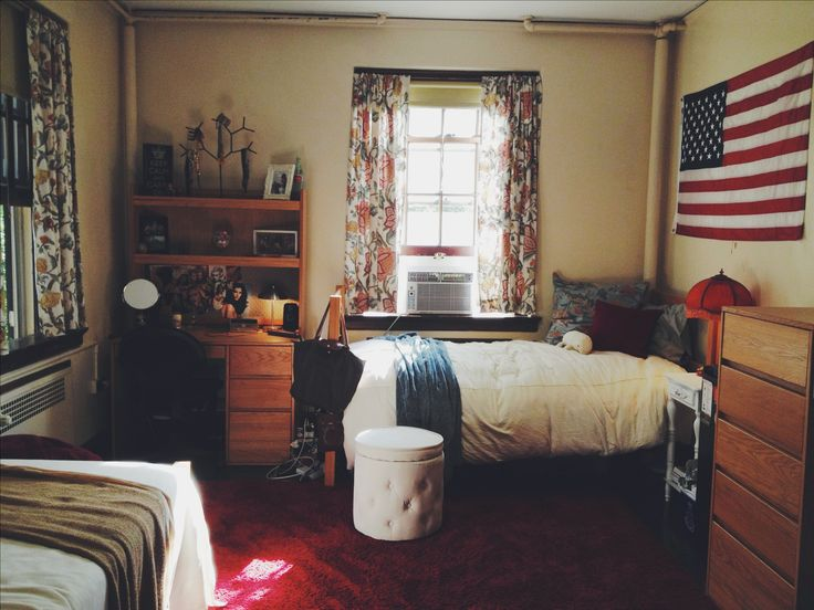 Cozy eclectic college dorm room decor at Miami University