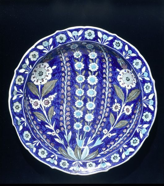 Dish  Iznik, Turkey   1545-1550   Fritware, polychrome underglaze painted, glazed  London, V, C.2001-1910