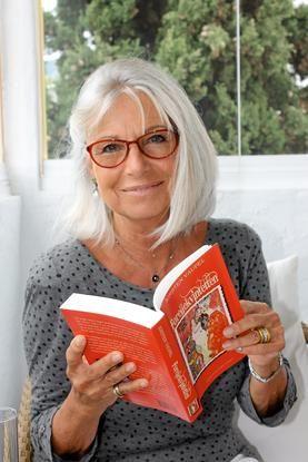 Opera singer Kirsten Vaupel at 68 - next step is a hair style much like Kristen's.