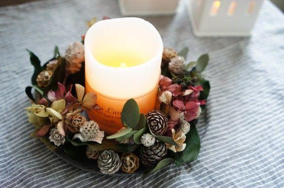 たっぷり木の実のテーブルリース(LEDキャンドル付き)|フラワー・リース|bonheur-fleuriste|ハンドメイド通販・販売のCreema