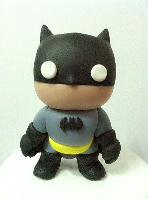Batman (cake topper) made byhttps://www.facebook.com/pages/Belluscious-Cakes-by-Belle-B-De-La-Llave/123446631158628