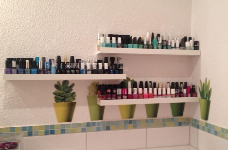 die besten 17 ideen zu nagellack regale auf pinterest nagellackregal nagellack organisieren. Black Bedroom Furniture Sets. Home Design Ideas