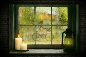Deszczowy widok za oknem / Rainy view outside the window #screensaver #view #widoki #wygaszaczeekranu #gratis #freebie