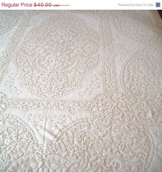 10% Off Sale Vintage Quaker Lace Tablecloth Large Size In Ecru Or Off White