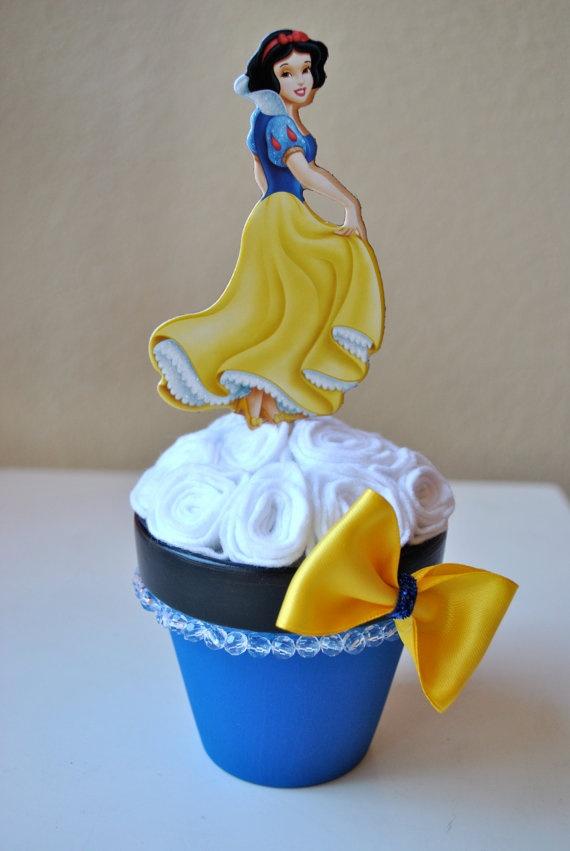 Disneys Snow white centerpiece by Annabellasworld on Etsy, $14.00