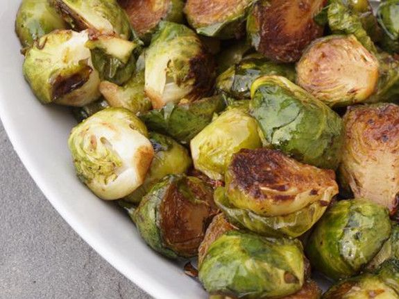 Brussels sprouts oven-roasted with balsamic vinegar and honey