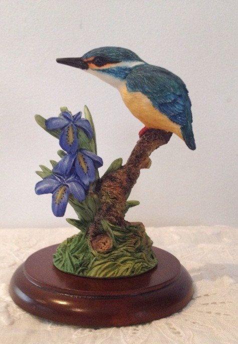 Border Fine Arts - Kingfisher Figurine A2321