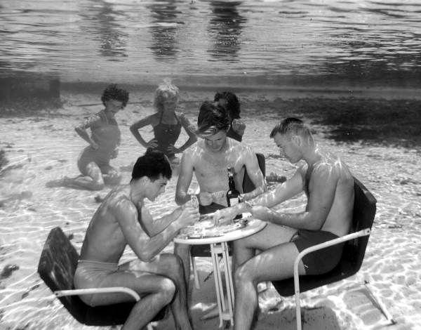 A round of cards underwater at Weeki Wachee Springs. (1951) | Florida Memory