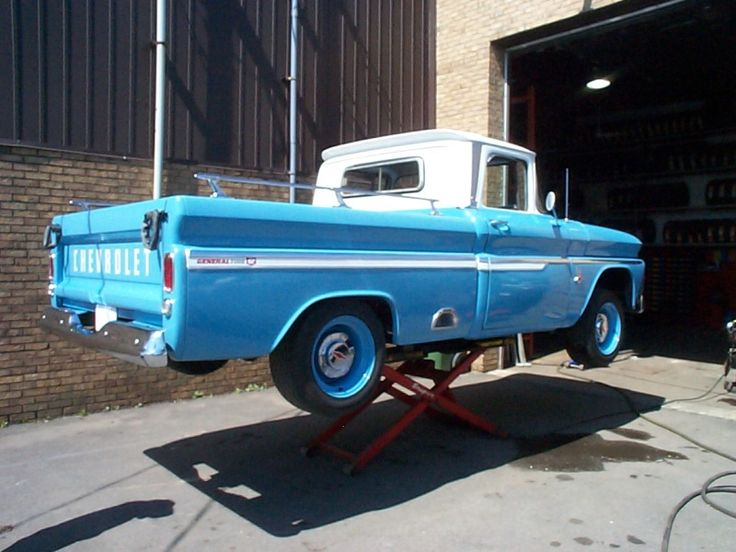 Pview furthermore Pview together with Pview furthermore 1963 Chevy C10 Short Stepside also G. on truck fm radios antennas