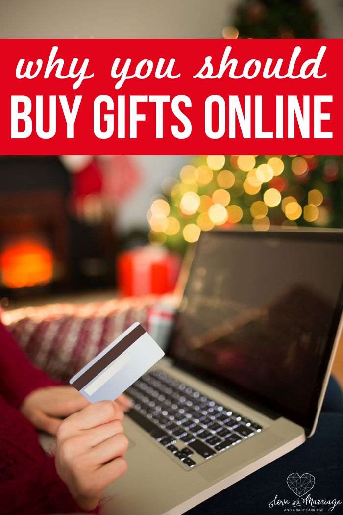 Why You Should Buy All Your Holiday Gifts Online (And How