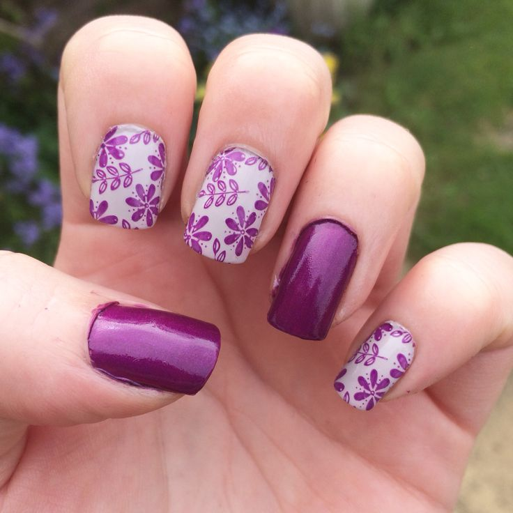 Wedding nails - using @barrymcosmetics 'orchid' and 'pit stop' with @moyou_nails stamping polish. @moyou_london stamping plate pro 07.