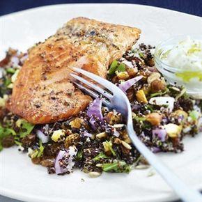 Ät underbar lax med quinoa och fetaost under din detox. Hitta fler goda recept som gör din kropp basisk vid detox.Välkommen till Let's go detox receptsida.