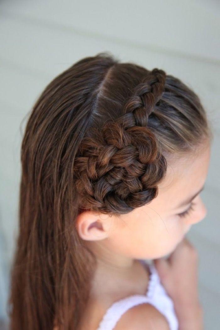 Причёски для девочек: 10 идей в фото