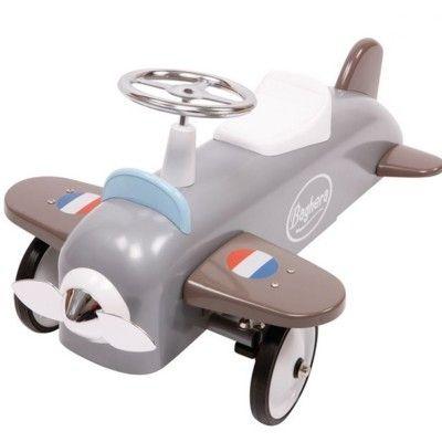 Flyvemaskine i gråt metal - gåbil i gruppen - Babylegetøj hos Blå Elefant - Blaue Elefant (bri-878)