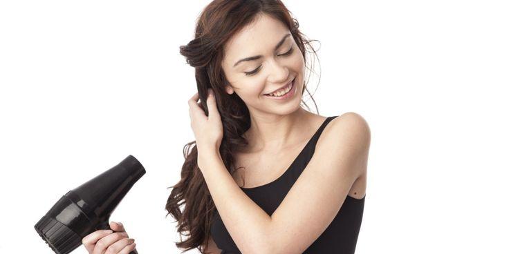 Kesalahan-Kesalahan Saat Menggunakan Hair Dryer