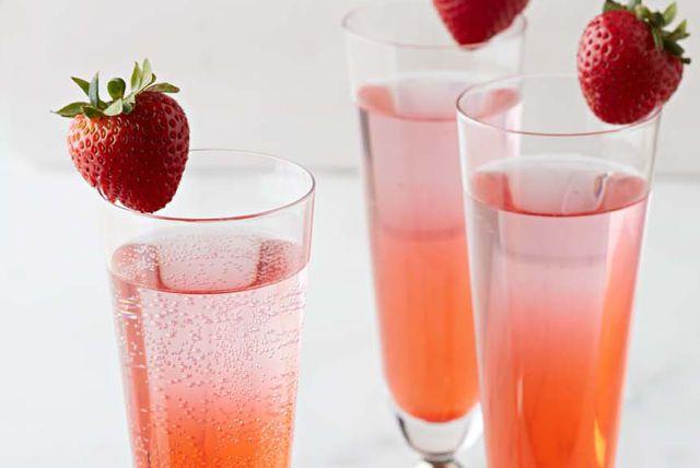 -Kiwi Sparkler Image 1 | Beverages | Pinterest | Sparklers, Kiwi ...