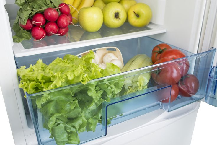 Often we believe that keeping our food in the fridge is the best way to maintain freshness and longevity, but there are several common foods that are far better left out of the refrigerator, both for taste and nutritional value.