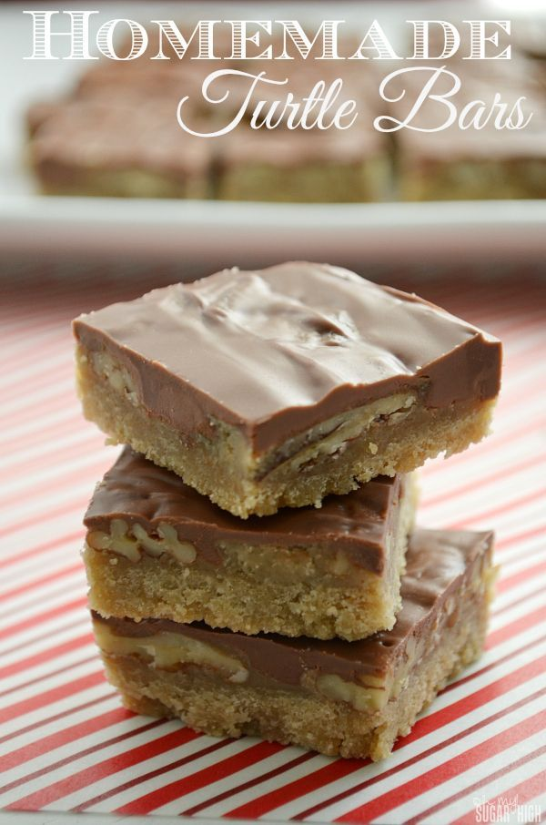 Homemade Turtle Bars from ohmysugarhigh.com are so tasty and easy to transport!