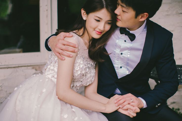 Yen yen dressed in her bespoke Celest Thoi gown. # pre wedding prewedding gown dress bridal styling fashion wedding lace white mermaid gown trumpet gown long train autumn japan photography