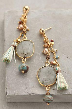 Pierres - grey motif earrings http://rstyle.me/n/rf5gspdpe